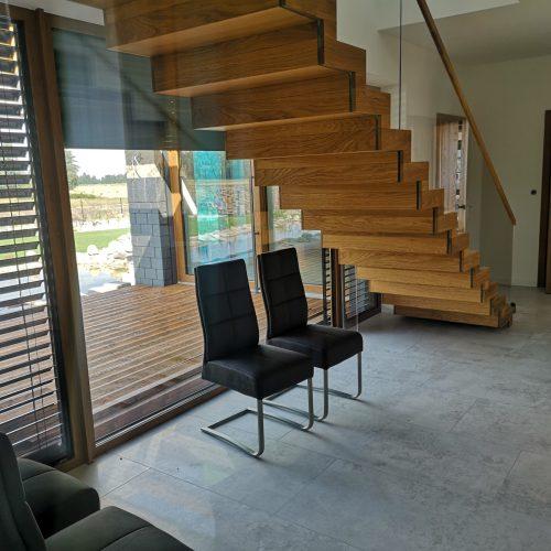 nowoczesne schody drewniane