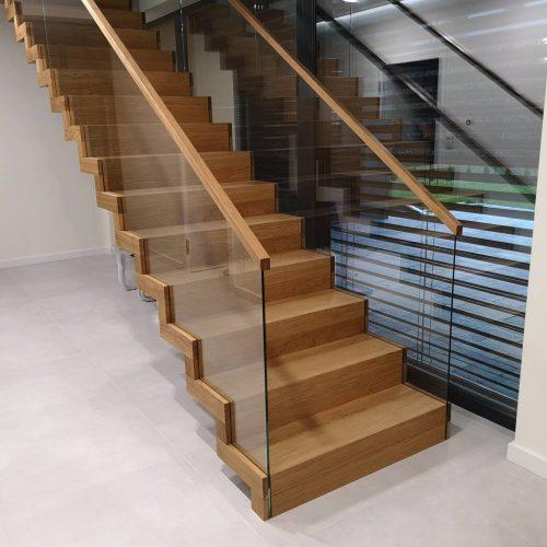 schody drewniane proste