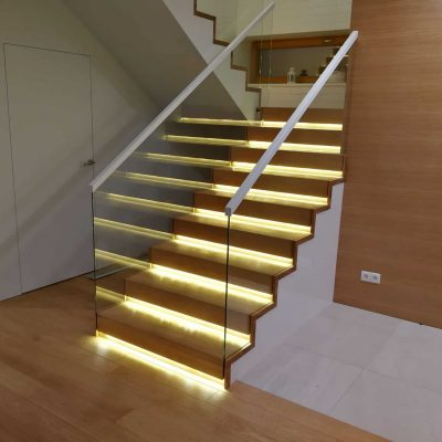 schody dywanowe na beton